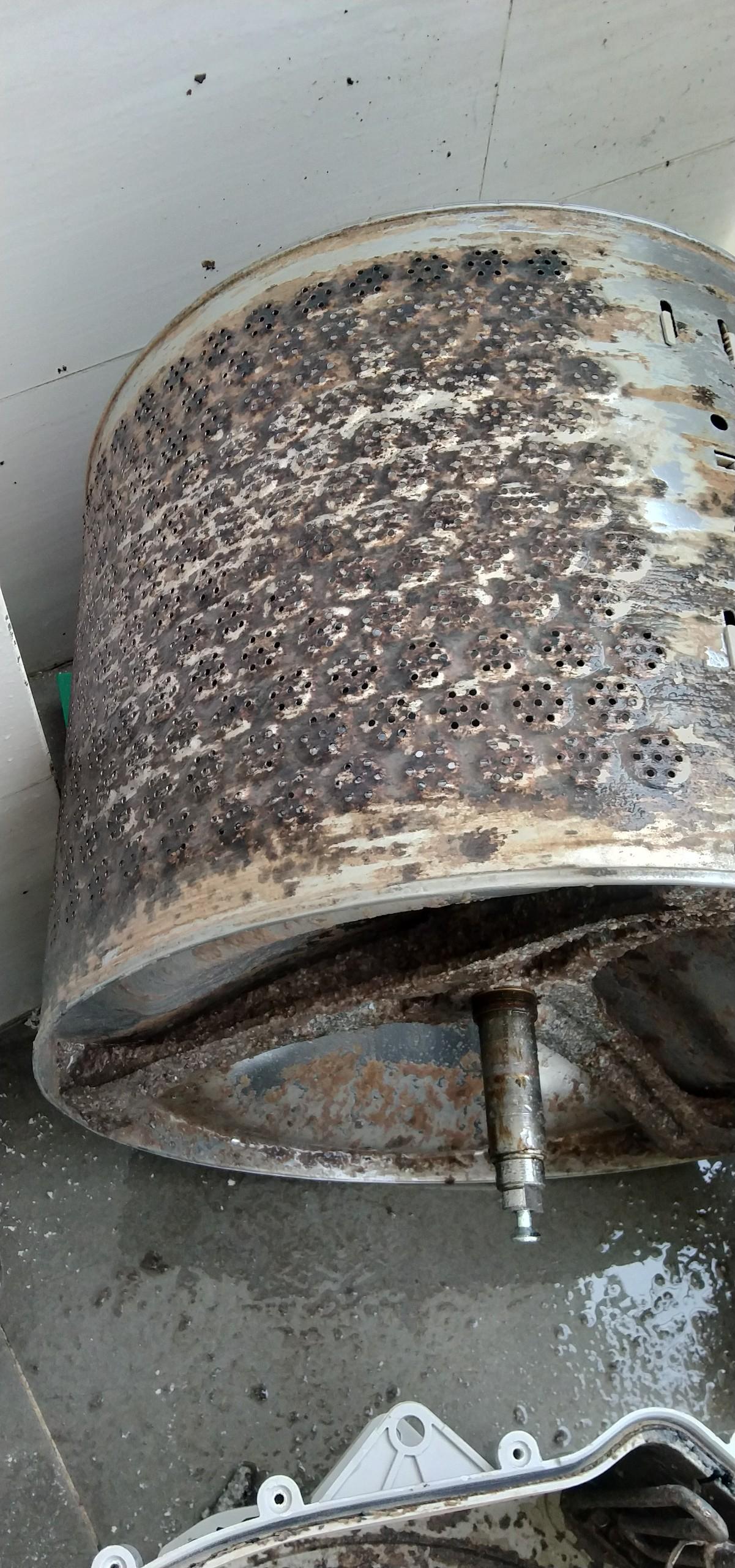 Dịch vụ vệ sinh máy giặt tại Dĩ An
